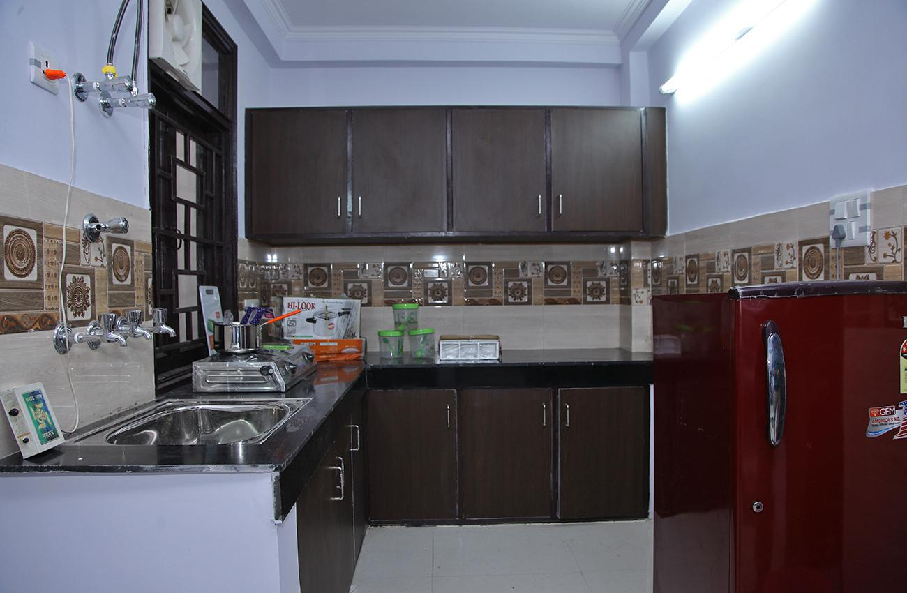 2 BHK Sharing Rooms For Men At ₹6850 In Vaishali Colony, New Delhi